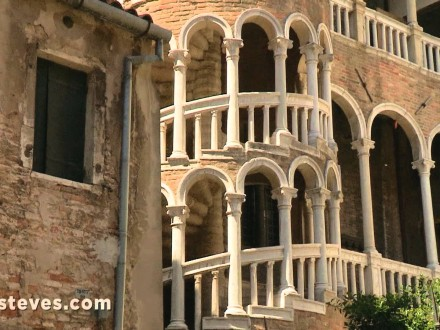 venice italy travel tips and his