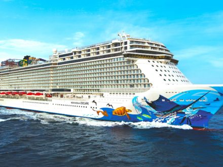 norwegian escape tour cruise shi